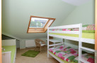 http://www.fewo-talblick-dodenau.de/wp-content/uploads/2013/07/KinderschlafzimmerD-940x683.jpg